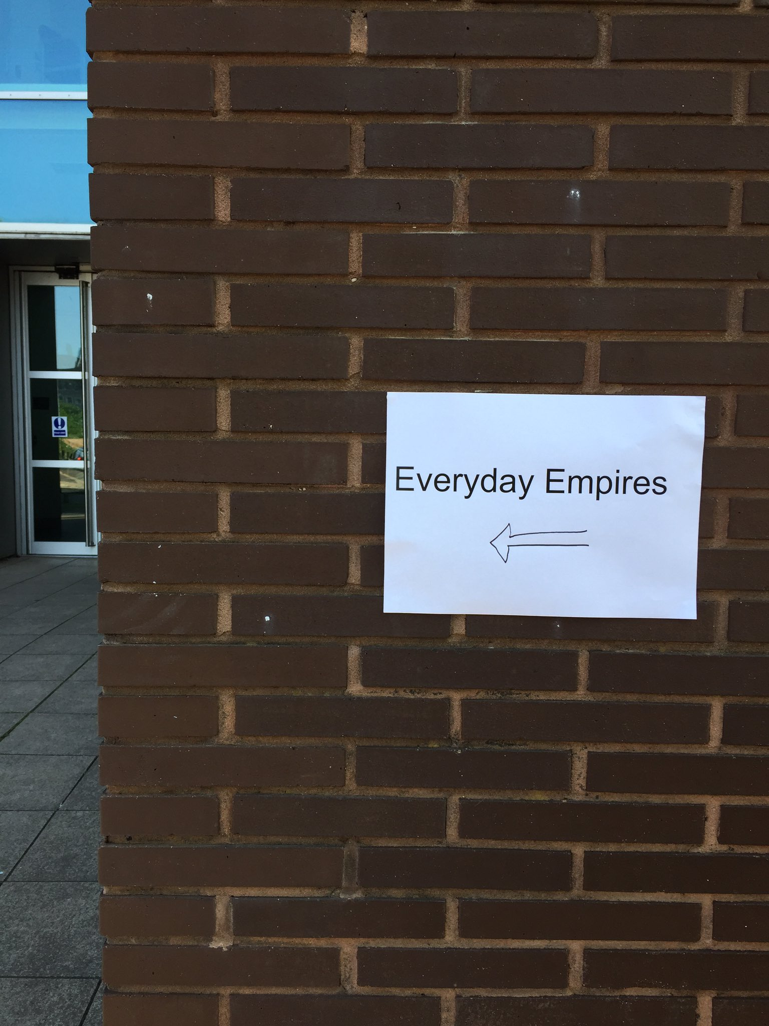 It's on! #EverydayEmpires @theBRIHC @modcontempbham @PastPresentSoc @History_Bham @ExeterCIGH @CJCampbell123 @MBSBirmingham https://t.co/TiIVZe7qEE
