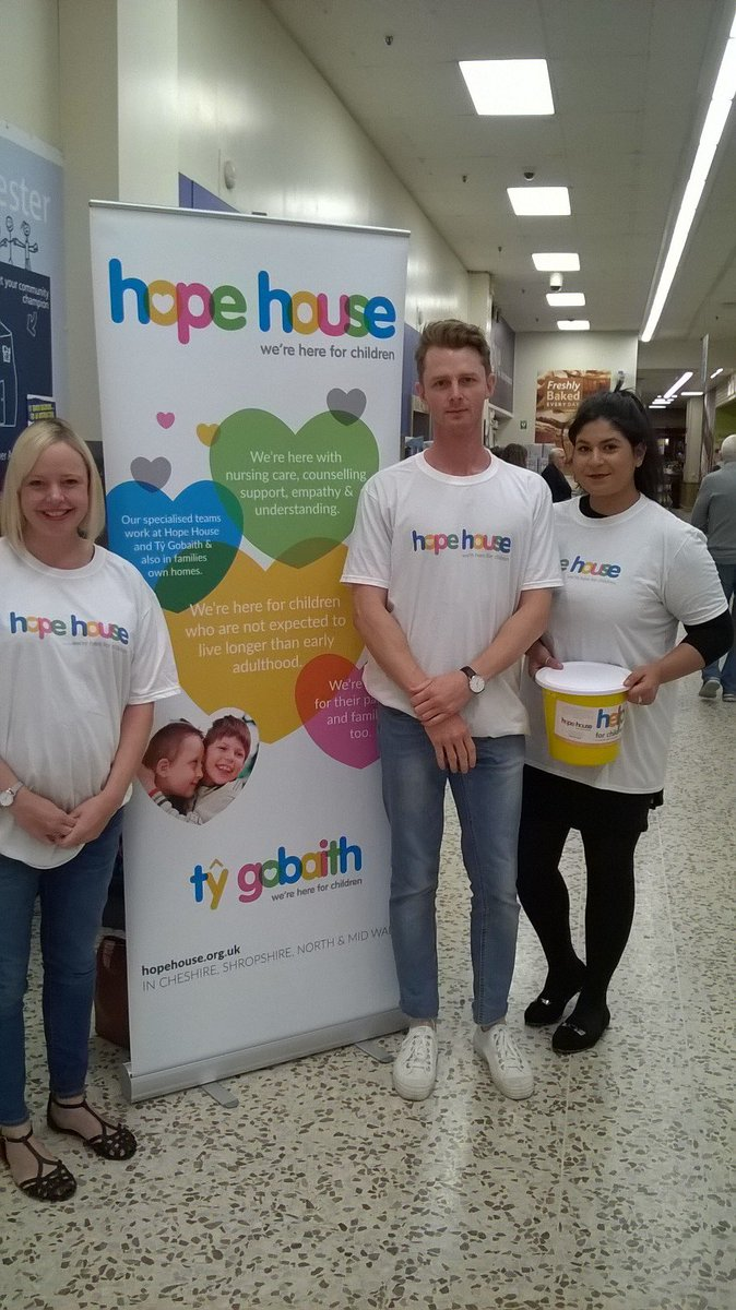 After a successful day bag packing in Tesco #Chester yesterday for @HopeHouseKids we are proud to announce we raised £420! #Charity #Giving <br>http://pic.twitter.com/gcJAX20rVS
