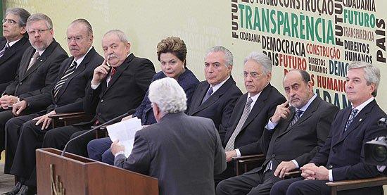 FHC, Lula e Sarney articulam o pós-Temer. https://t.co/6tsuL5vDNG
