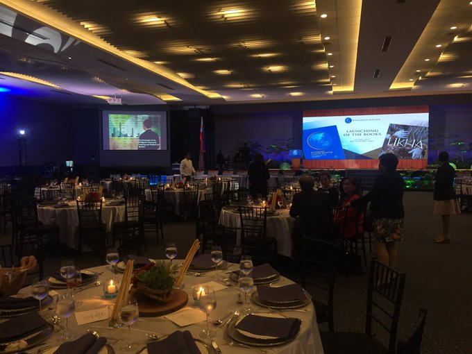 NOW: Launching of two .@BangkoSentral books -- Likha, and Philippine Central Banking | @jvdcabuenas https://t.co/xMMx0m7H4H