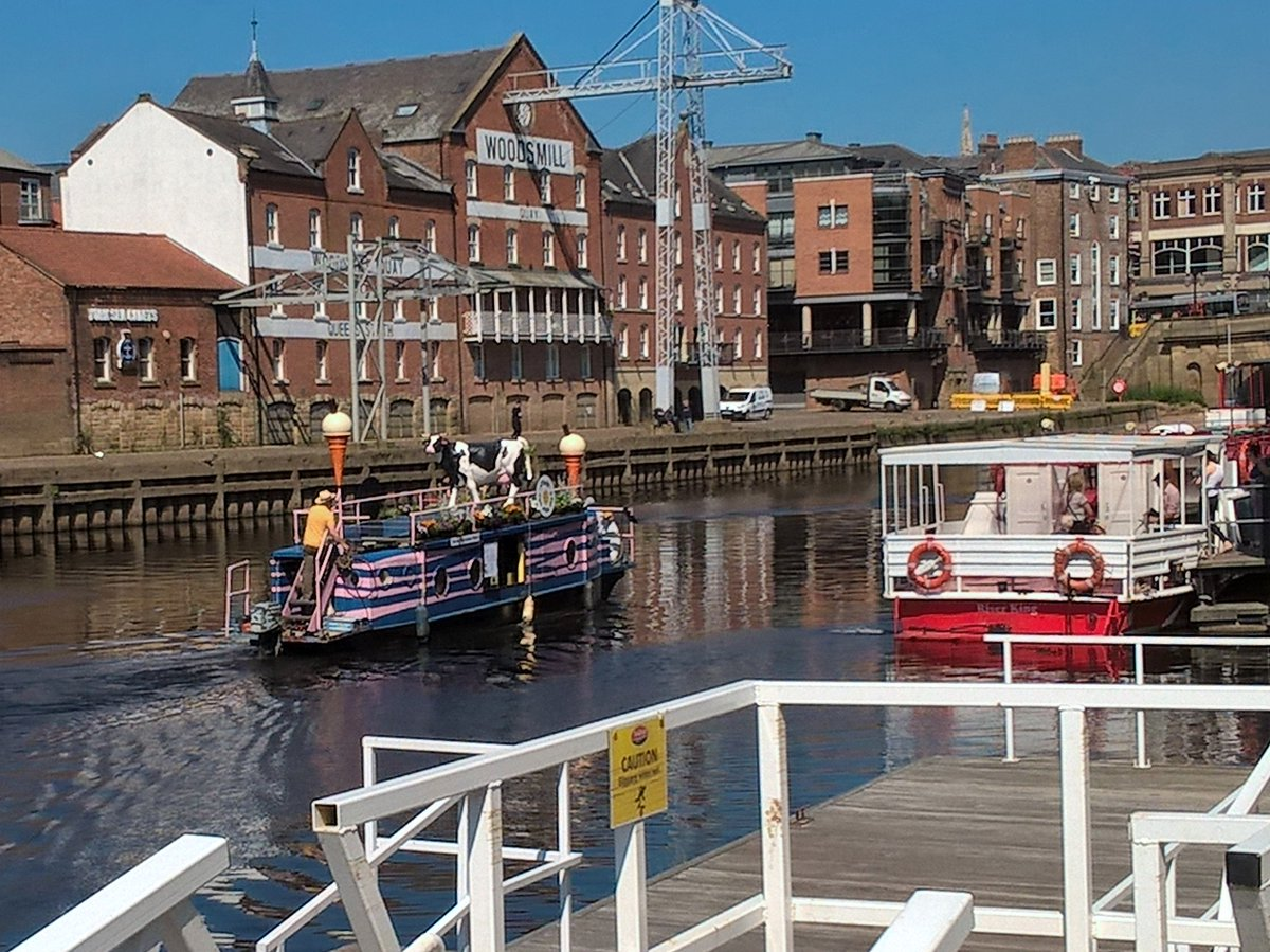 #York #river #Ouse #icecream #boat  &#39;The-Full- Moo&#39;   #ThankYou !! to my #100followers  <br>http://pic.twitter.com/6oKXZVJsA9
