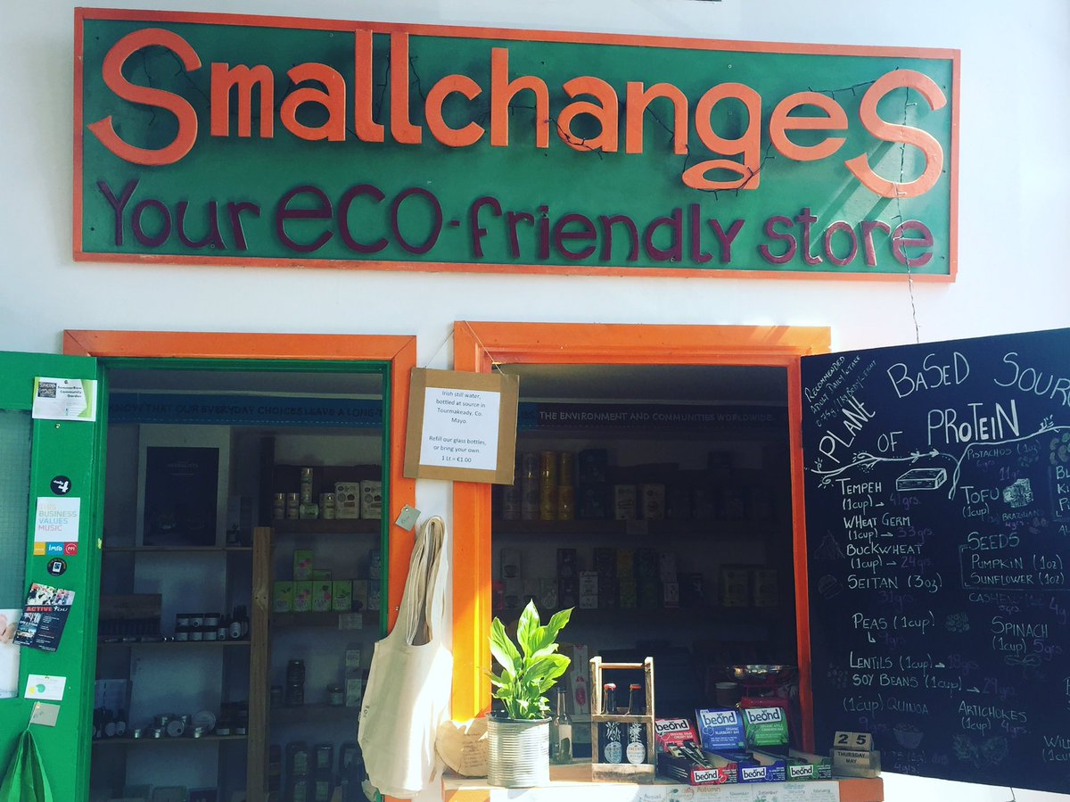 Now @SmallchangesIE is back open Bayin #sesameoil is stocked here again in this deadly shop in Drumcondra #local #shop<br>http://pic.twitter.com/ikQgU1il3F