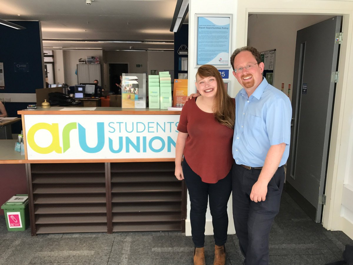 Great to meet @aru_education to talk about lots of issues for @AngliaRuskin students, especially housing &amp; mental health #fb @angliaruskinSU<br>http://pic.twitter.com/YX2NvbPgoy