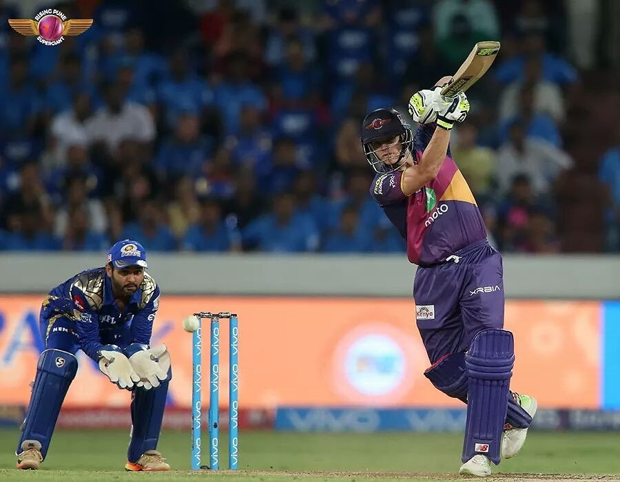 @stevesmith49 controlled the game not just with his tactics but also with his batting. 😎 4⃣7⃣2⃣ in 15 matches for us! 🔥 #RangWahiJungNayi