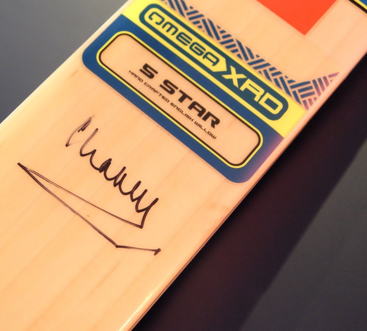 Before departing, HRH signed a cricket bat that will eventually be signed by all team captains from the 8 nations taking part in #CT17.