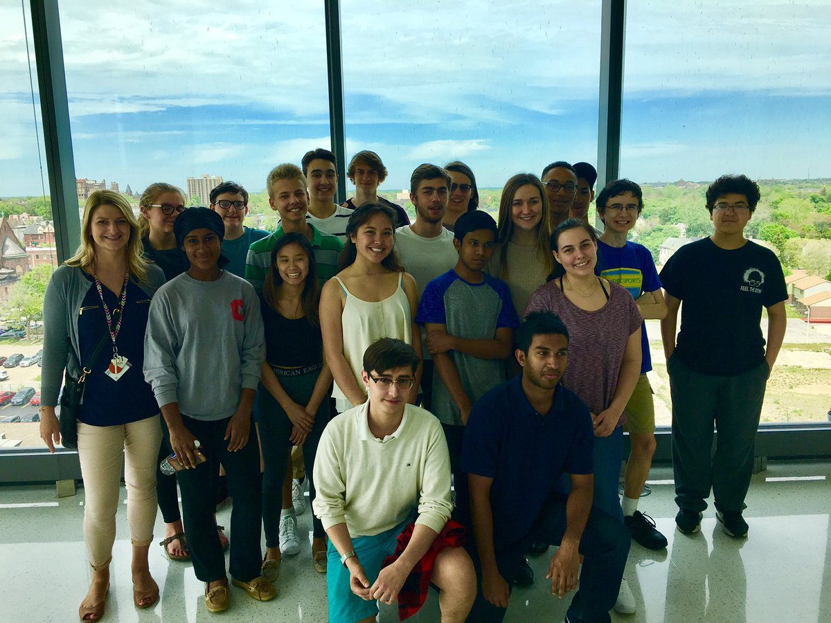 @cityhonors #business students tour @BNMC yesterday and love the amazing view from outside @UB_CBLS & @JacobsInstitute
