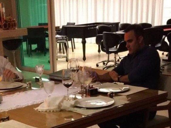 [via @laurojardim]: Pôquer com o procurador. https://t.co/DpyqB5Satp