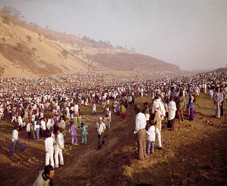 People attending the bathing ceremony of the Machhindranath at Chobhar, 40yrs ago. #Nepal <br>http://pic.twitter.com/S4UE9KGJ2v
