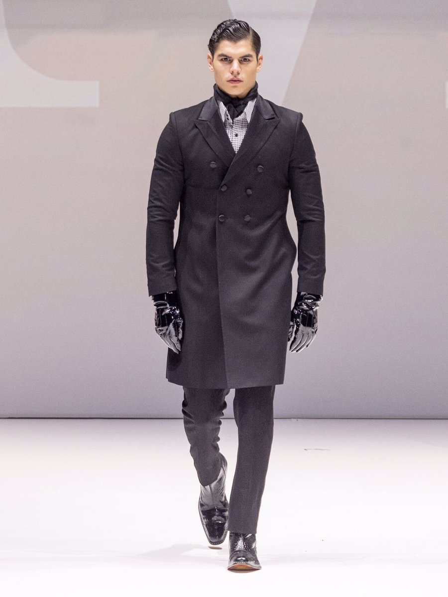 Designs from @Malanbreton set the runway on fire during @stylefw. #menswear #model #fashionblogger #runway #suit #style #fashiondesigner<br>http://pic.twitter.com/J7nnP2eWzP