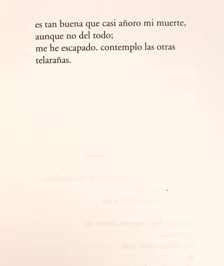 Team Poetero On Twitter Poema La Escapada Del Libro El