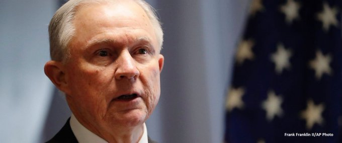 Sessions did not disclose meetings with Russian ambassador on security clearance forms, according to DOJ official. https://t.co/cdgDo5XsSf