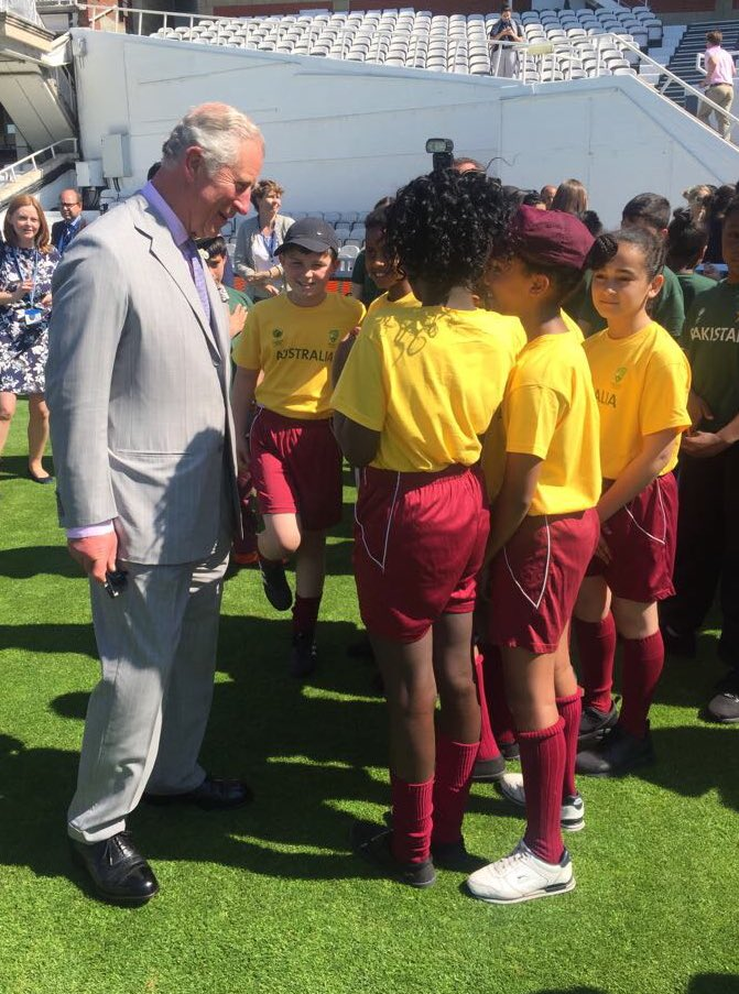 During his @surreycricket visit, HRH met pupils from eight local primary schools who represented the different nations taking part.
