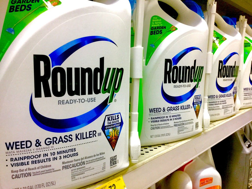 The science is in: @MonsantoCo's #RoundUp causes cancer! Tell @amazon @HomeDepot @Walmart to stop peddling poison! https://t.co/nj9RLE4Ons
