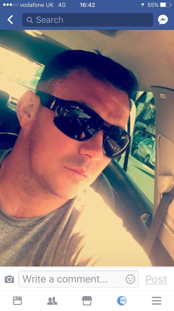 Darren on his way to @SevensAmsterdam for @WelshCharRFC #Vets10 #Rugbyfamily #socksdown<br>http://pic.twitter.com/nxI5HcgcJL