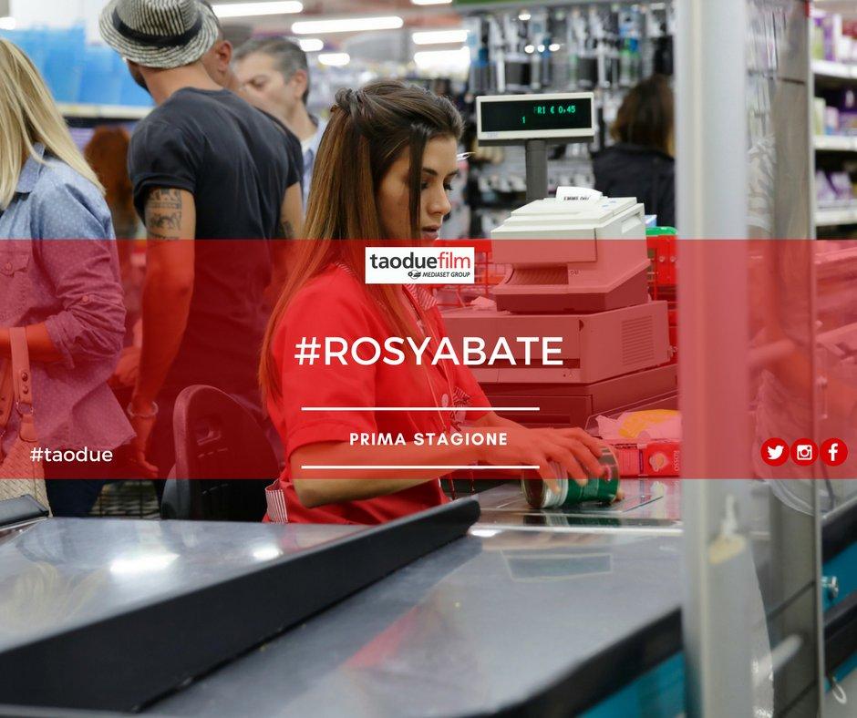 Come mai Rosy lavora in un supermercato?...