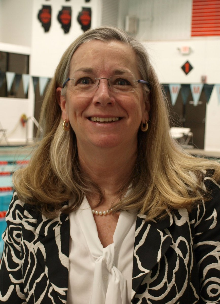 THANK YOU #D303 RETIREES- Mrs. Jean Cabel, Asst Principal St. @StCharlesEast 27 years with D303.<br>http://pic.twitter.com/9L5Qn7J2ye