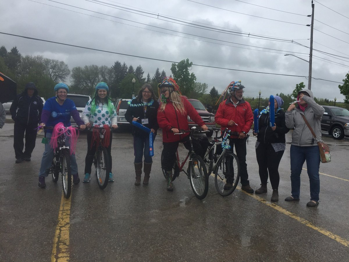 Small but mighty #BikeFlashMob  Thank you to @Country93 &amp; Ally for supporting our Bike &quot;splash&quot; mob today! #RideDontHide #OwenSound TY all! <br>http://pic.twitter.com/ywpehQPmSh