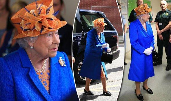 Queen Elizabeth II: World's most famous Syracuse fan. https://t.co/kJ8zLiwPRx