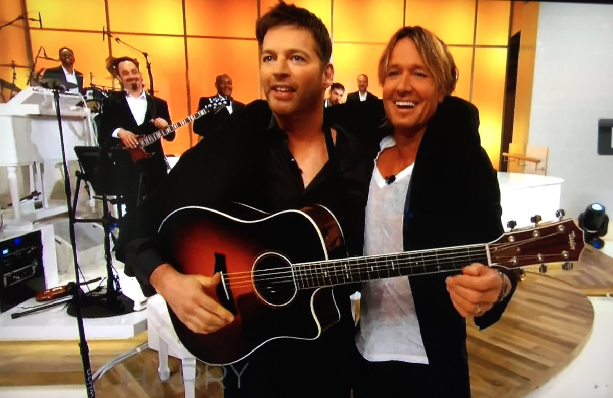 @KeithUrban on #Harry &#39;solo duet&#39; with @HarryConnickJR<br>http://pic.twitter.com/BdC3E9NSqI