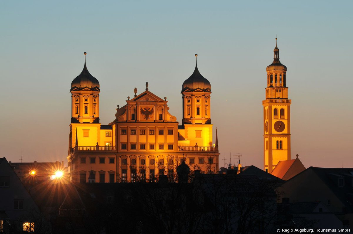Stroll through the ancient streets of #Augsburg &amp; visit the stunning town hall! @hhofgermany #germanytourism  https:// fcld.me/4Blthc  &nbsp;  <br>http://pic.twitter.com/3l1hfcAoMv