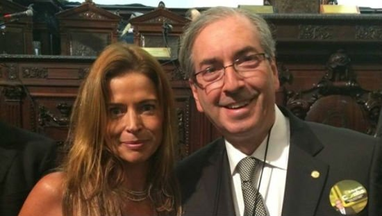URGENTE: Juiz Sérgio Moro absolve Cláudia Cruz, a esposa de Cunha, na Lava Jato https://t.co/jSoz4MPIEy
