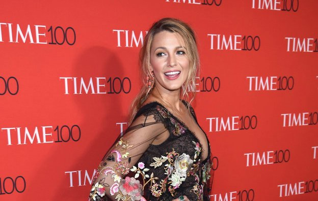 Blake Lively will star in 'Big Little Lies' author's new murder mystery film https://t.co/iWfYRY2xfw https://t.co/Sc8LZzEIfp