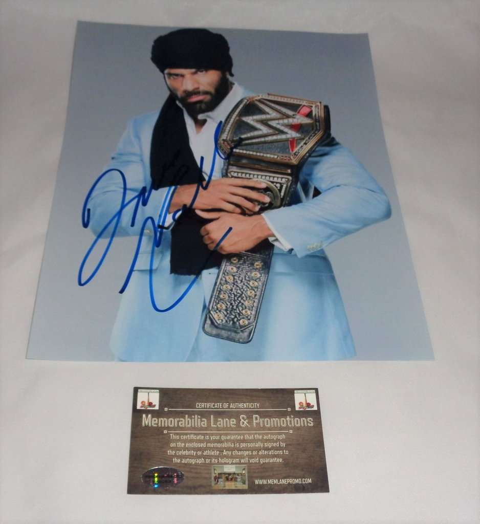 RETWEET IF U WANT @JinderMahal SIGNED 8x10 FLASHSALE 5MIN @wwe @WWENetwork @WWEAuctions #giveaway #win #giveaways #WWESuperCard #WWE2K18<br>http://pic.twitter.com/DaQeWQkunN