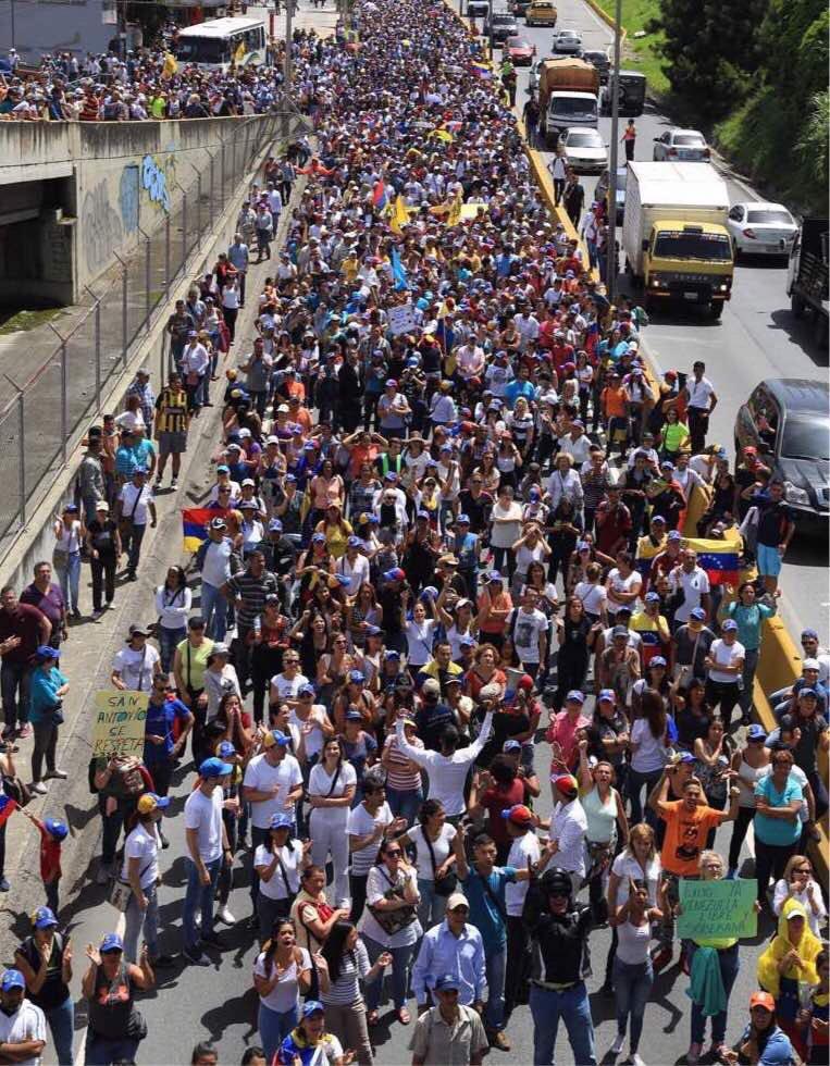 Capriles: con nuestro amado Pueblo de Gu...