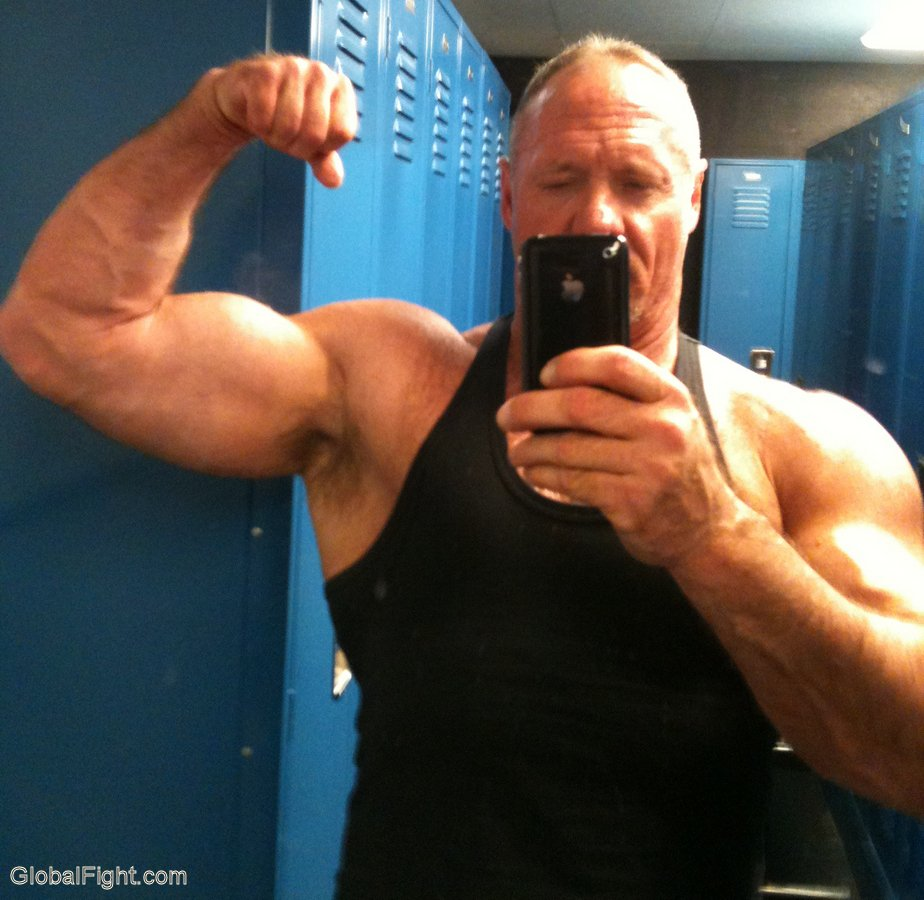MuscleDads new photos at  http:// GLOBALFIGHT.com  &nbsp;   #muscledaddy #muscles #gym #lockerroom #flexing #bigmuscles #huge #biceps #handsome #cute <br>http://pic.twitter.com/leIn59ZmV9
