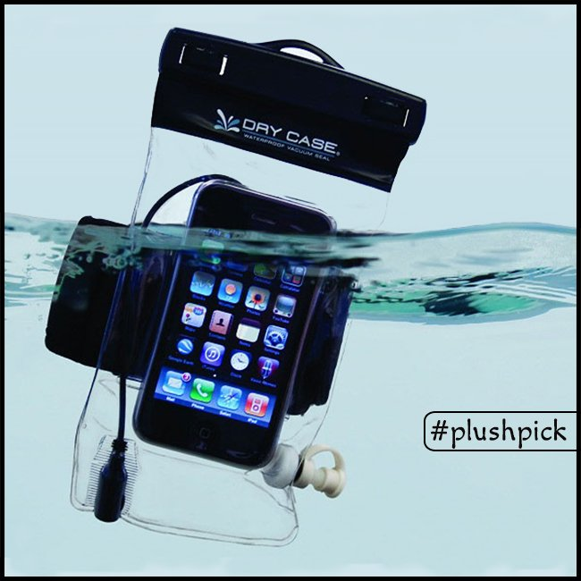 No more worries about using your phone while swimming or in the rains. #plushpick #phone #cover #phonecover #waterproof <br>http://pic.twitter.com/DZSnr1xeEQ