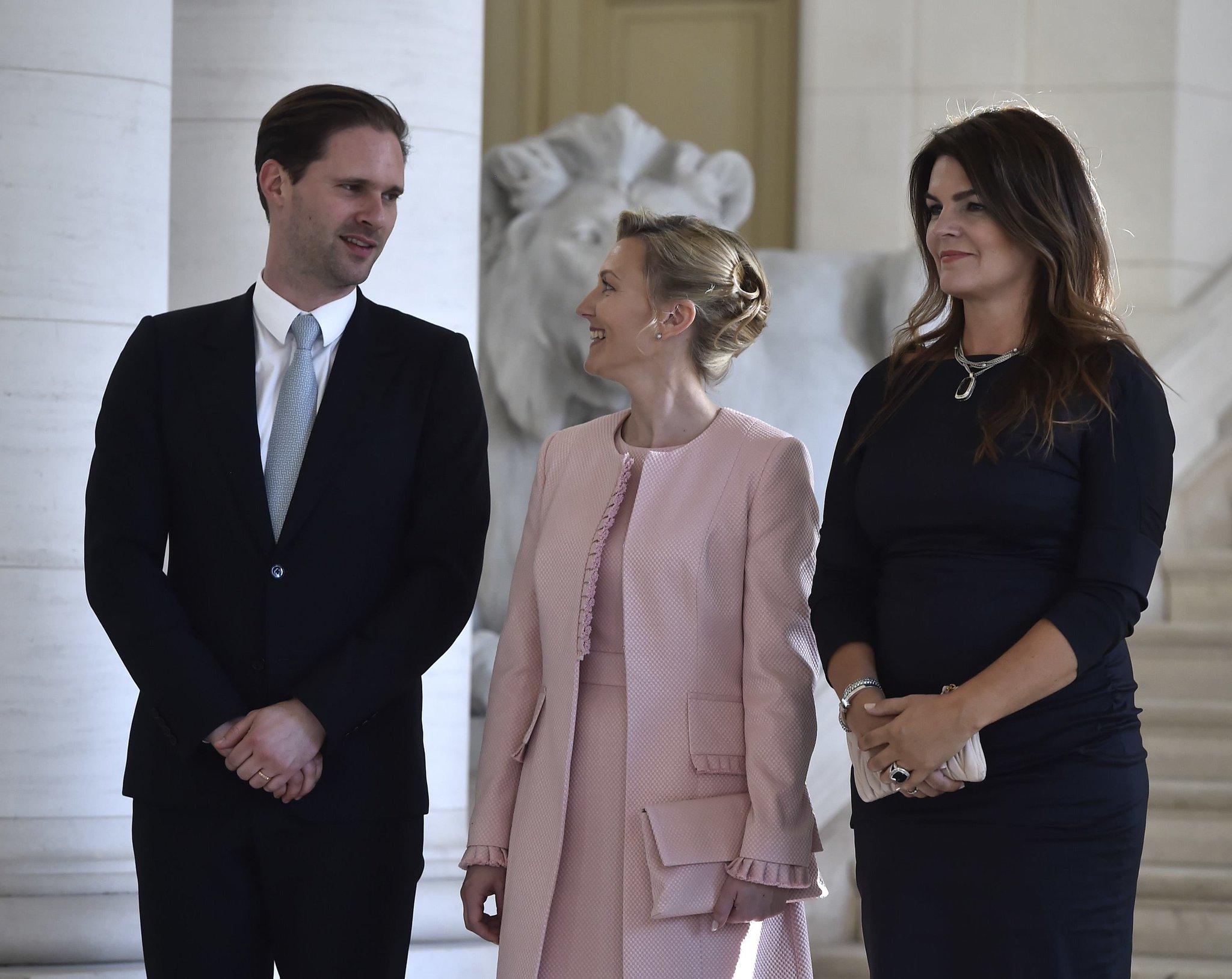 премьер министр люксембурга и его муж фото фрикционная муфта это