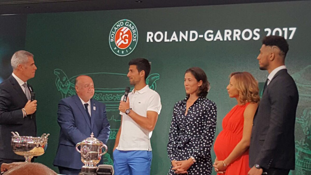 Great moment at #RolandGarros with #Djokovic, #Muguruza &amp; two #Paris2024 ambassadors @TonyYoka @EstelleMossely for the official draw<br>http://pic.twitter.com/Yus3kXVXr5