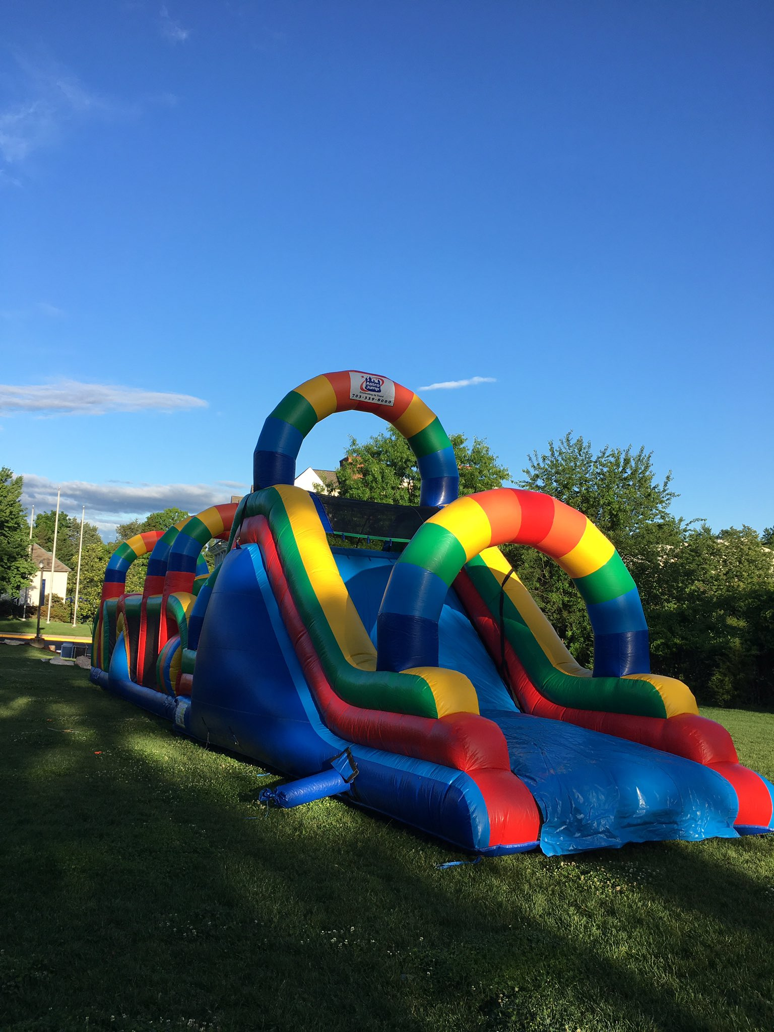 The obstacle course is ready for action at #myflinthill House Olympics! https://t.co/Ivf3tO1um7
