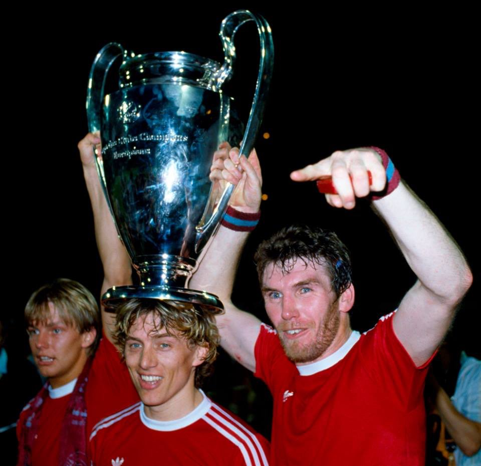 On this day - 26/05/1982 Champions of Europe @AVFCOfficial were you there? #avfc <br>http://pic.twitter.com/T0yYSJOY9j
