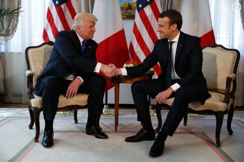 #PresidentTrump and #Melania Meet #French President @EmmanuelMacron in #Brussels- VIDEO  http:// en.azvision.az/news/65936/pre sident-trump-and-melania-meet-french-president-macron-in-brussels-video.html#.WSfOKLpumig.twitter &nbsp; …  @POTUS @FLOTUS #macron2017 <br>http://pic.twitter.com/0IT9O0z5S7