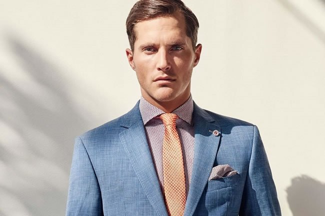 The Ultimate Guide to Suit Fabrics https://t.co/qVyUaVXiZV #Menswear https://t.co/pY6AF0SzZD
