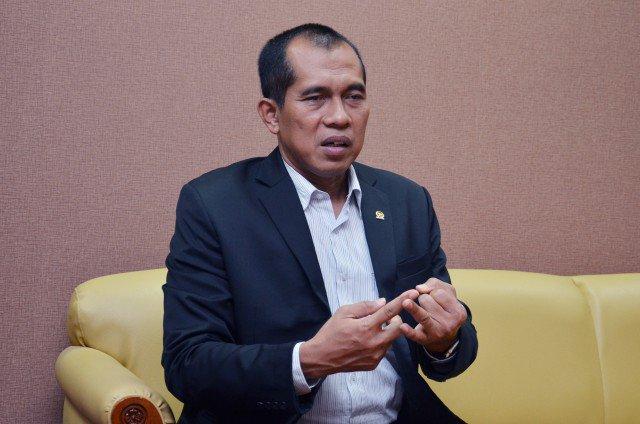 Masyarakat Indonesia Tidak Boleh Takut Teror Bom https://t.co/0QreQQPq...