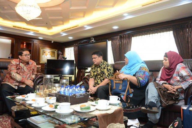 Wakil Ketua DPR RI Fadli Zon Terima Masukan dari AsIAN https://t.co/3a...