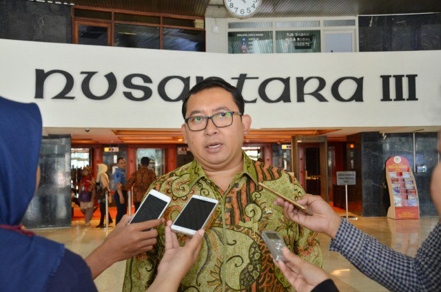 Wakil Ketua DPR RI Fadli Zon Kutuk Serangan Teror di Kampung Melayu ht...