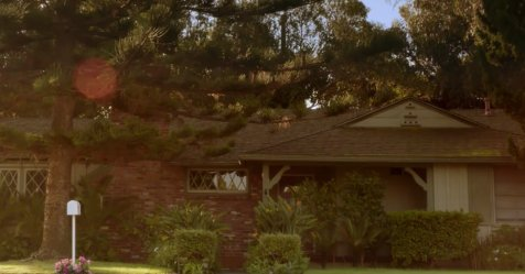 Do you know which show features this family home? https://t.co/7gwHanb...