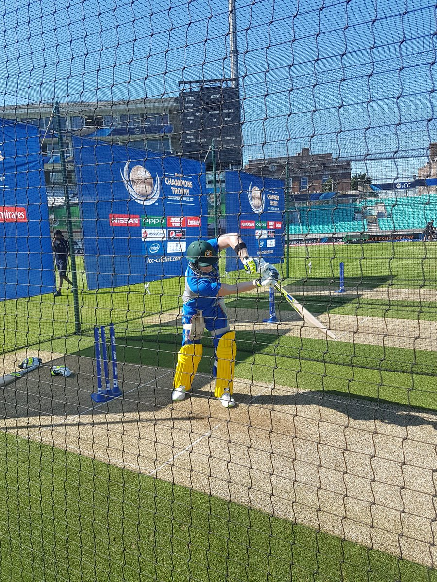 test Twitter Media - Australia and Sri Lanka gearing up for the first #CT17 warm up at The Oval! Toss in 15 mins! #AusvSL 🇦🇺🇱🇰 https://t.co/kBdozg1ElF