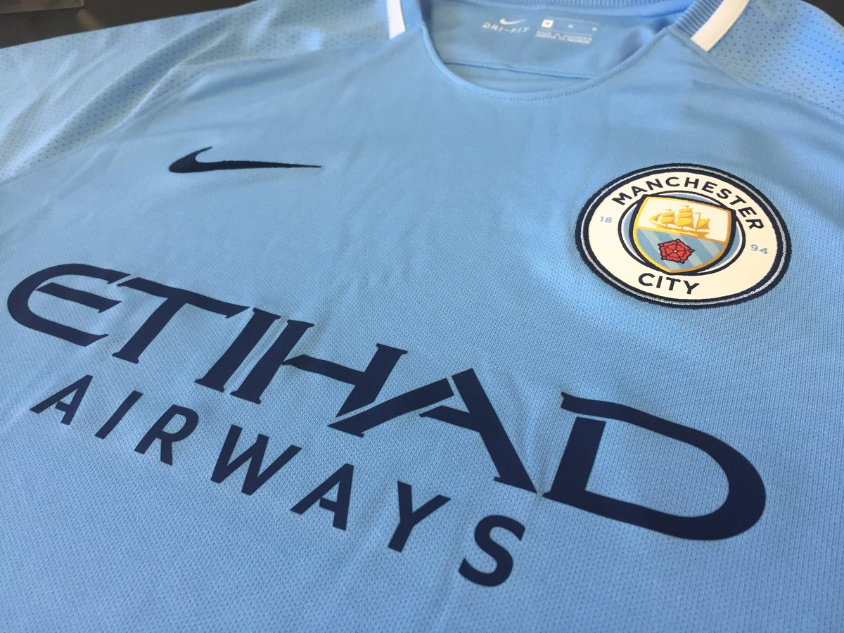 RT and Follow for a chance to win Man City&#39;s brand new home shirt...   #MCFC <br>http://pic.twitter.com/3uHWK0lxOe
