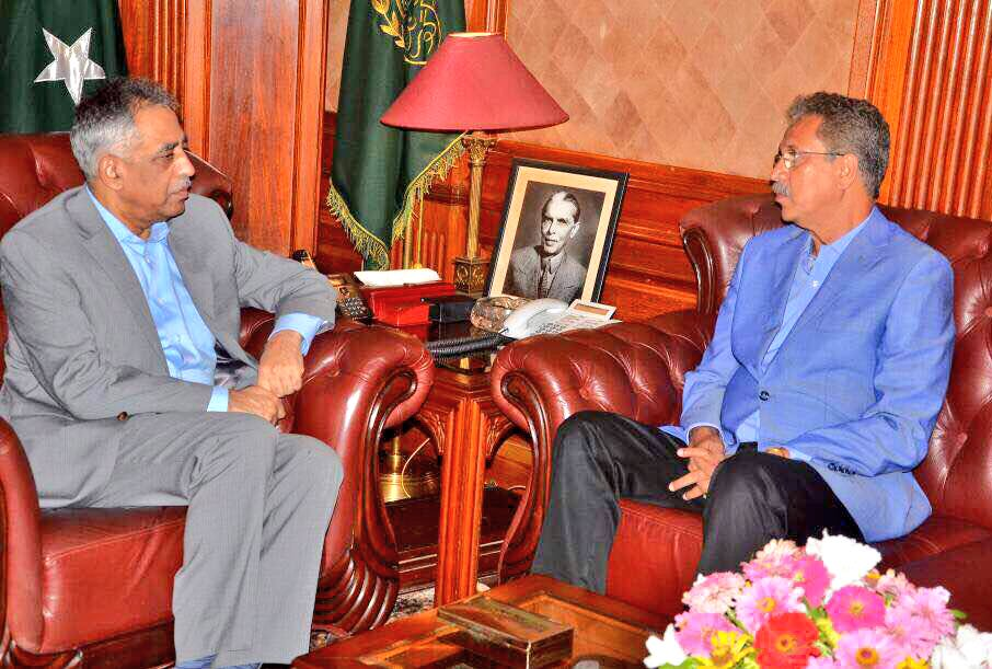 test Twitter Media - Meeting with Governor #Sindh, It is extremely important for Federal & Provincial Govt to have good relationship with the LG Representatives. https://t.co/j7uVf8LJP6