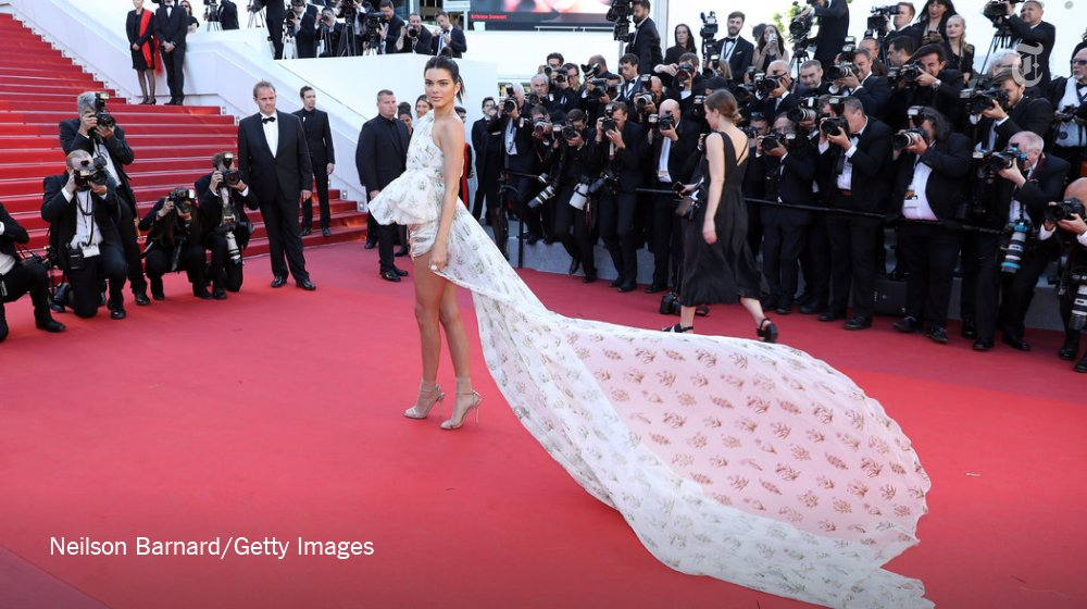 The fashion at #Cannes is still going strong. See some of the most stylish looks here: https://t.co/rjGwSYiFL7 https://t.co/doAvuVocmD