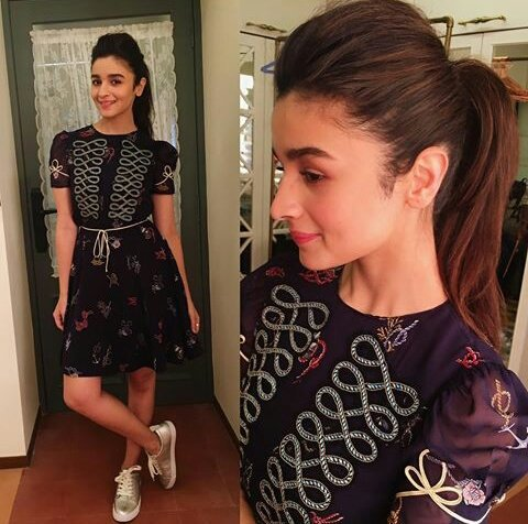 Who&#39;s better in terms of beauty &amp; acting?  Cutiepie Alia or Pretty girl Shraddha?  #AliaBhatt #Shraddhakapoor RT for Alia Like for Shraddha<br>http://pic.twitter.com/qghUCUELyS