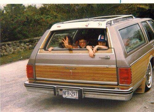 #RT if you remember a childhood without seatbelts #70s <br>http://pic.twitter.com/mkIny0Y5Ot