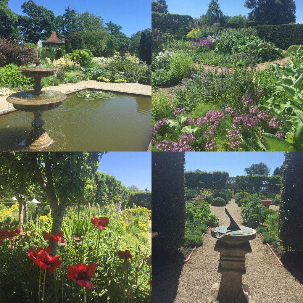 Today in the #walled #garden @LoseleyPark bathed in #sunshine & looking gorgeous!