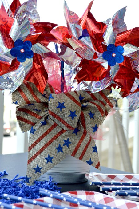 DIY Memorial Day Pinwheel Centerpiece