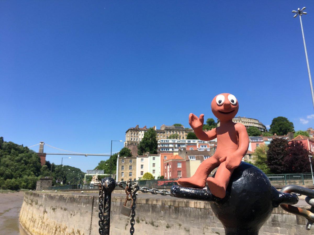 This is just such an amazing place to live! @AmazingMorph #Bristol #BristolHarbour<br>http://pic.twitter.com/qgU1pKnJB4