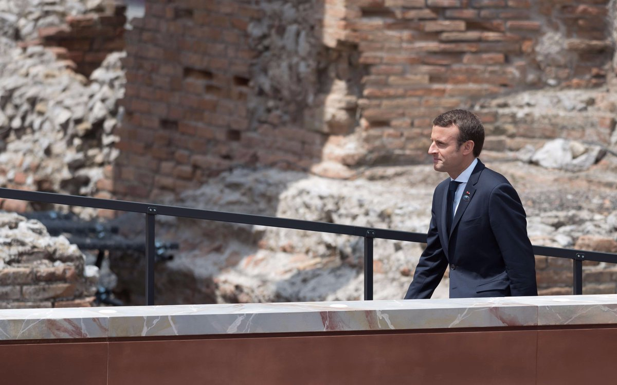Samedi, Emmanuel Macron sera au Stade de France >> https://t.co/5BzlyqX6Gm